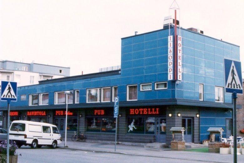 Hotelli-ravintola Iisoppi ulkoa päin