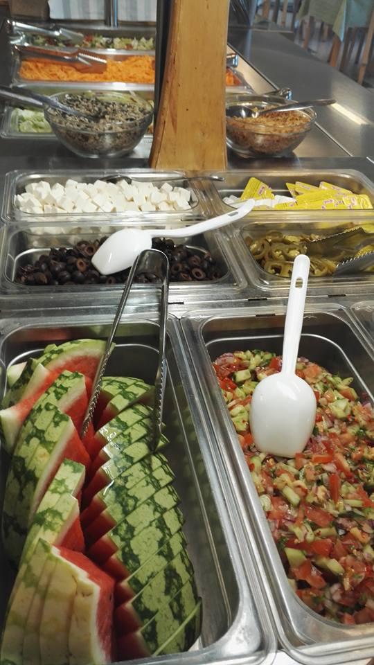 Lounasruokala Pikkupippurin salaattibaari